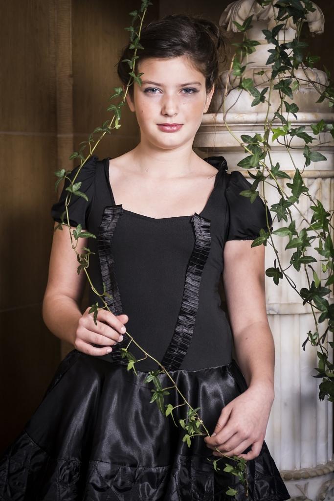 Model: Lyne - MUA: Evelyne Giunta - Hair: Carine Giunta - Stylis