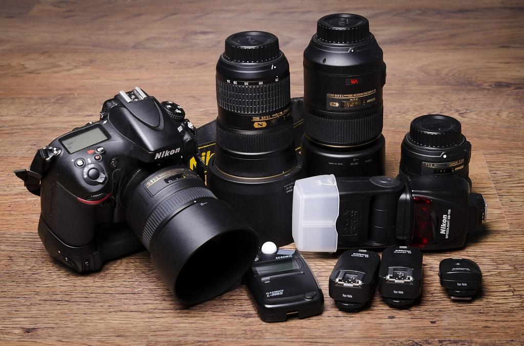 Nikon D800, Nikkor 24-70mm f/2.8, 105mm f/2.8, 85mm f1.8, 50mm f