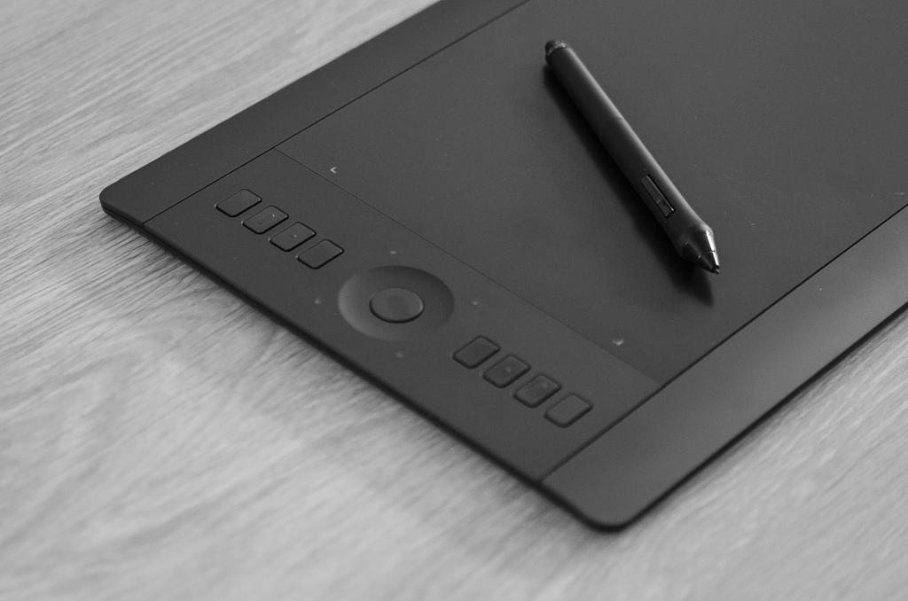 Drawing tablet Wacom Intuos Pro medium